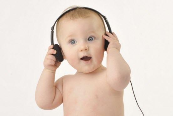 تشخیص کم شنوایی نوزادان