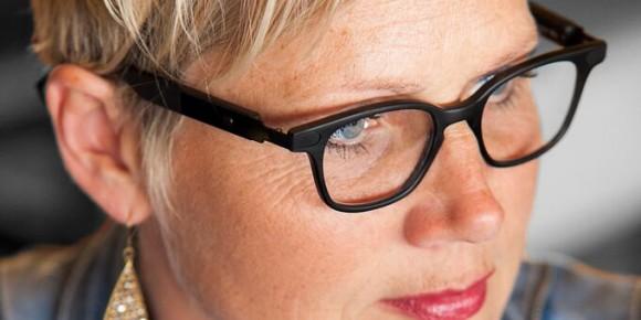 سمعک عینکی برای چه لفرادی مناسب است؟