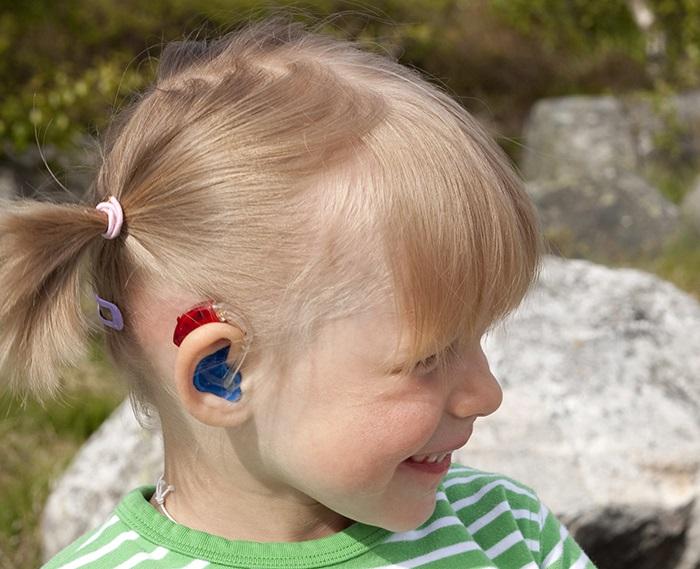 سمعک مناسب کودکان کم شنوا چه نوع سمعکی است؟