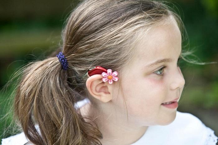 افت شنوایی در کودکان چه نشانههایی دارد؟