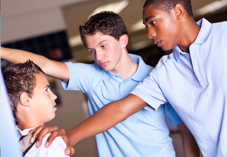 قلدری در کودکان و نوجوانان
